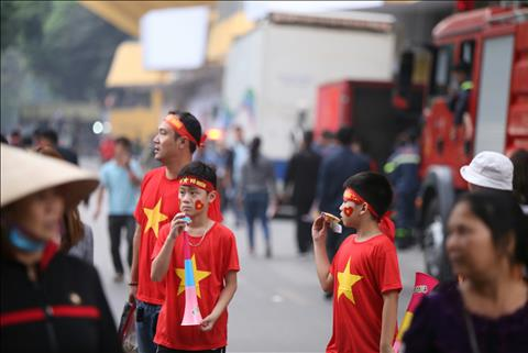 Trực tiếp CĐV Việt Nam trước trận đấu vs Campuchia AFF Cup 2018 hình ảnh
