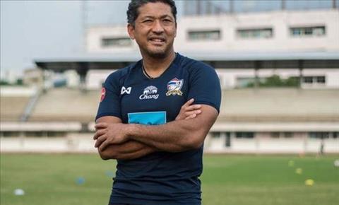Danh thủ bóng đá Thái Lan chê hàng công đội nhà ở AFF Cup 2018 hình ảnh