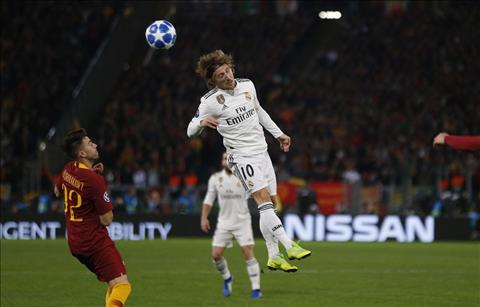 Real vs Roma Modric