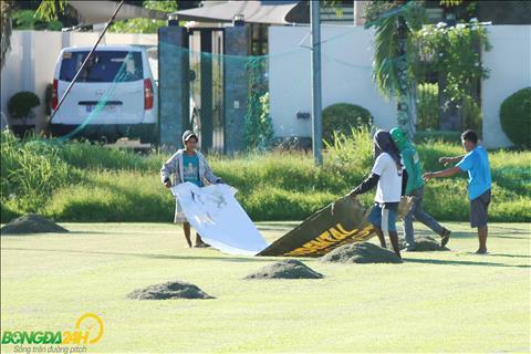Sân tập của ĐT Việt Nam tại Philippines vẫn bộn bề trước buổi đầu tiên hình ảnh 3