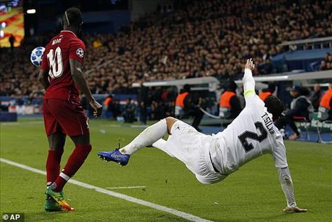Liverpool co gang tim kiem ban thang trong hiep thi dau thu 2