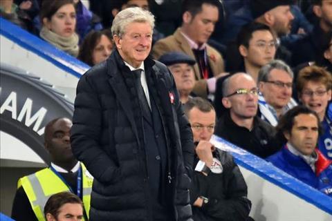 HLV Roy Hodgson khong phuc sau tran thua Chelsea