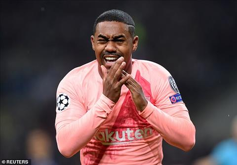 After changing people Malcolm got the start of Barca's pond