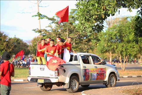 Bầu không khí sôi động trước trận Lào vs Việt Nam hình ảnh 3