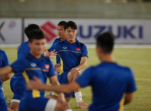 TRỰC TIẾP Lào 0-3 Việt Nam (H2) Siêu phẩm sút phạt của Quang Hải hình ảnh 8