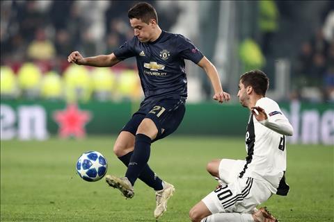 Ander Herrera chia se truoc tran derby Manchester