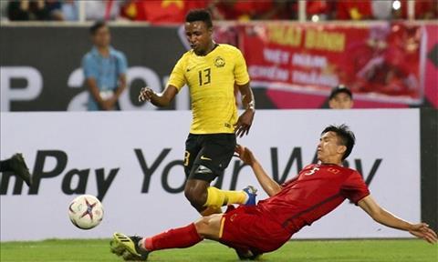 Sao Malaysia bi trung phat vi choi xau o chung ket AFF Cup