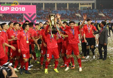 DT Viet Nam vo dich AFF Cup 2018: Da den thoi cua bong da tre