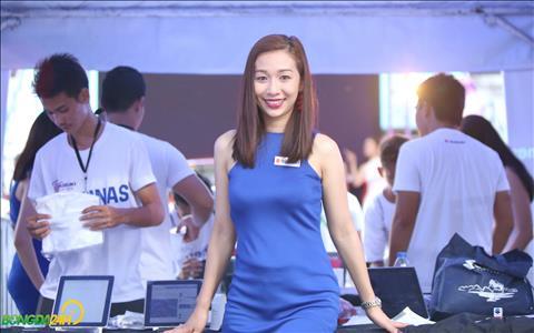 Nha tai tro Suzuki moi rat nhieu PG trong chuong trinh dong hanh cung tran dau giua Philippines vs Viet Nam.