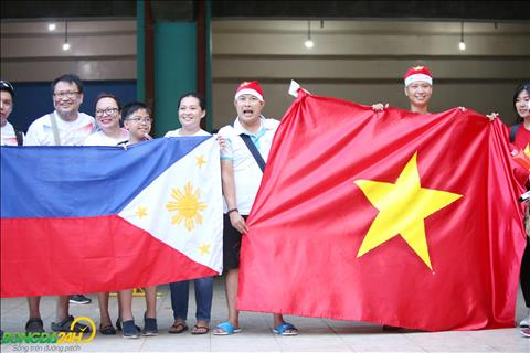 CDV Philippines than thien chup anh cung nguoi ham mo Viet Nam.
