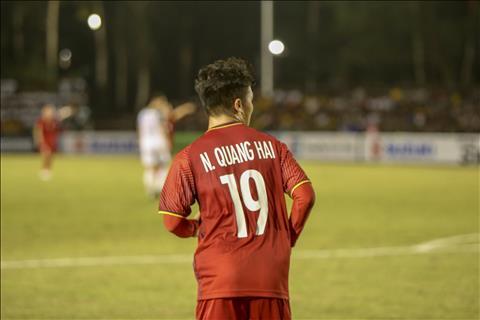 Philippines 1-2 Việt Nam (KT) Thắng thuyết phục, thầy trò HLV Park Hang Seo rộng cửa vào chung kết AFF Cup 2018 hình ảnh 4
