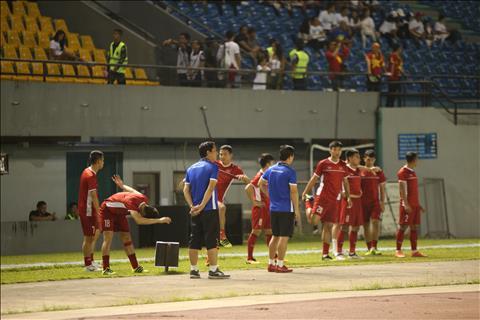 Philippines 1-2 Việt Nam (KT) Thắng thuyết phục, thầy trò HLV Park Hang Seo rộng cửa vào chung kết AFF Cup 2018 hình ảnh 6