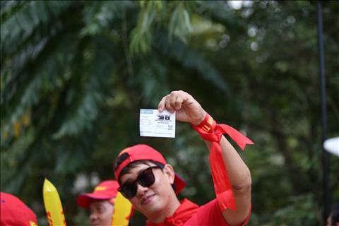 TRỰC TIẾP TỪ BACOLOD Cờ đỏ sao vàng thân thương trên đất Philippines hình ảnh 4