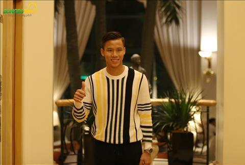 Tai AFF Cup 2018 khi Van Quyet khong ra san, Que Ngoc Hai duoc trao bang thu quan.