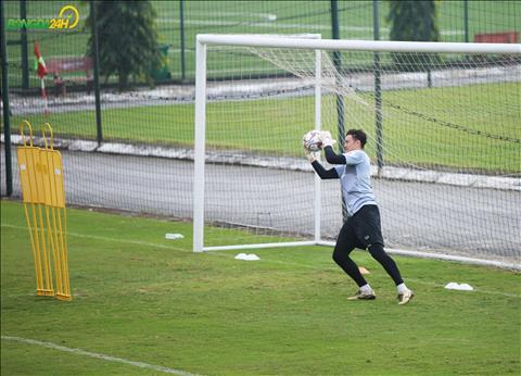 Tai AFF Cup 2018, Dang Van Lam la chot chan vung chai cua DT Viet Nam.