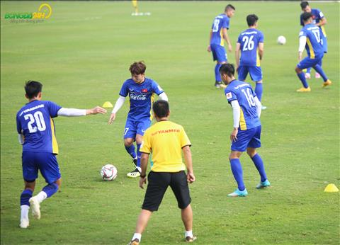 Minh Vuong tiep tuc duoc thay Park trieu tap len tuyen.
