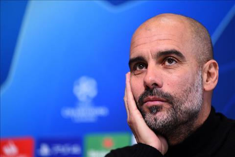 Man City cua Pep dang tam kem Liverpool 4 diem