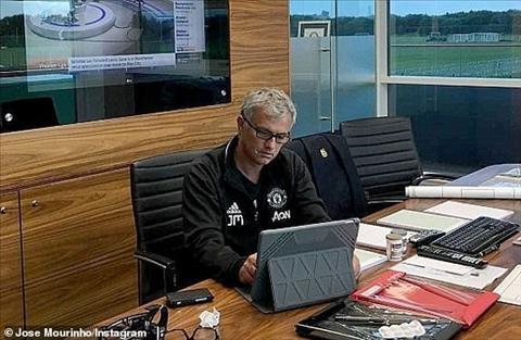 MU đối xử phũ phàng với phòng làm việc của Mourinho hình ảnh