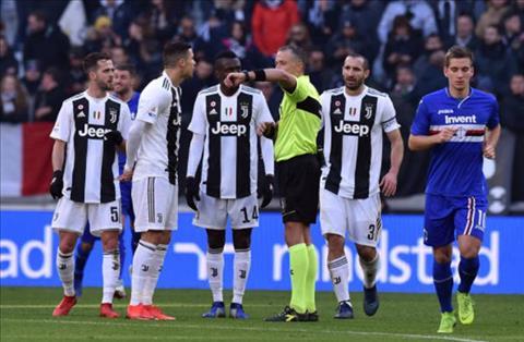 Juventus 2-1 Sampdoria Ronaldo lập cú đúp nhưng Lão bà chỉ thắng nhờ VAR hình ảnh 2