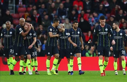 Man City thang Southampton 3-1