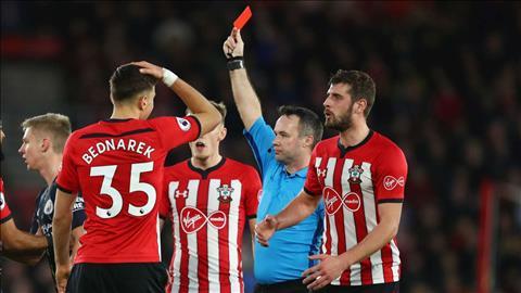 Nhận thẻ đỏ, Hojbjerg lên tiếng xin lỗi NHM Southampton hình ảnh