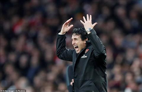 HLV Emery cua Arsenal