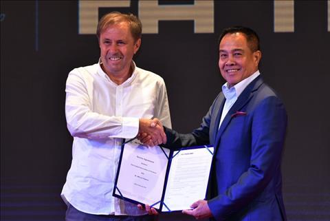 Chủ tịch LĐBĐ Thái Lan yêu cầu ĐT Thái Lan đá tốt ở Asian Cup hình ảnh