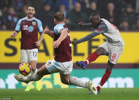 Naby Keita tỏa Sự trở lại quan trọng với Liverpool hình ảnh
