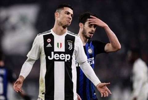 Ronaldo mo nhat trong tran dau