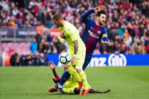 Barca hoa 2 tran lien tai La Liga Can than, bao lon con chua den! hinh anh 2