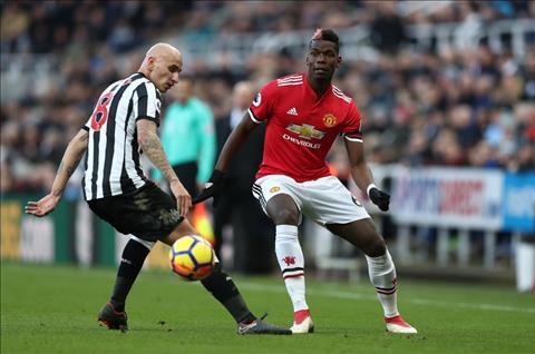 Newcastle 1-0 MU Mou United se lui bai voi hang thu nhu the! hinh anh