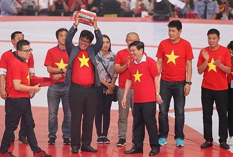VFF giai ngan 15 ty dong truoc Tet cho DT U23 Viet Nam hinh anh