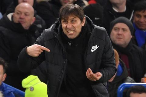 Conte se giu duoc ghe o Chelsea neu hinh anh