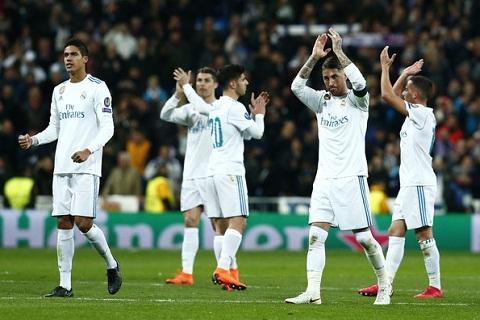Betis vs Real Madrid (02h45 ngay 1902) Co hoi tra thu hinh anh