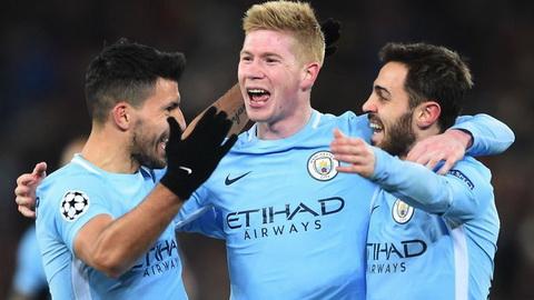 Wigan vs Man City (2h55 ngay 202) Manchester mau xanh, mot mau xanh hinh anh 2