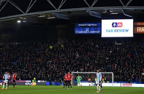 Thay gi sau chien thang nhe nhang cua MU truoc Huddersfield hinh anh 3