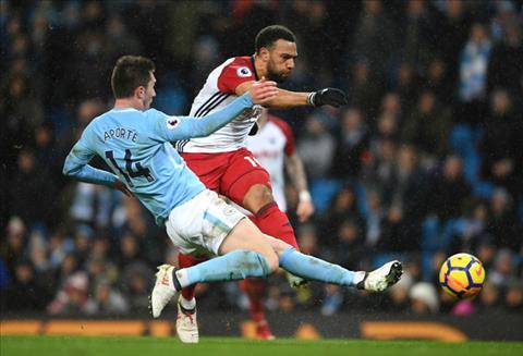 Truoc tran Man City vs Leicester Laporte va nhiem vu ngan chan ke san ong lon hinh anh