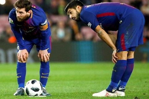 Barca thang Valencia, Messi duoc HLV het loi ca ngoi hinh anh