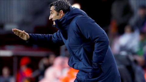 Thang nhoc nhan, HLV Valverde mo loi khen ngoi Valencia hinh anh