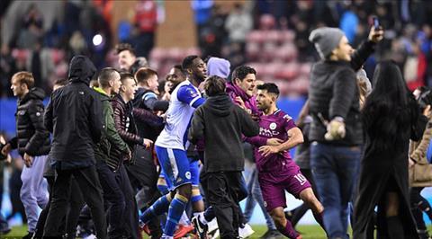 Nhung thong ke gay soc tran Wigan 1-0 Man City hinh anh