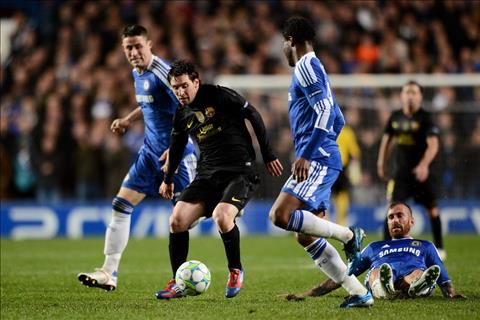 Truoc tran Chelsea vs Barca Messi va loi nguyen nang tua dinh Ben Nevis hinh anh 3