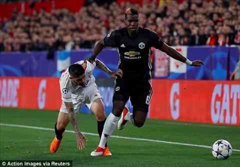 Mourinho tan tung hang tien ve lep ve o Sevilla hinh anh