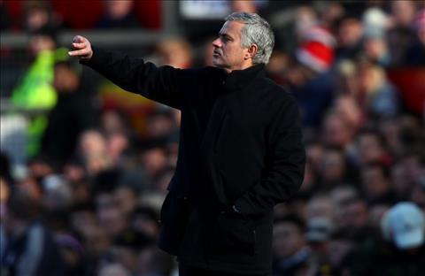 Danh bai Chelsea, Mourinho ca ngoi… doi thu hinh anh