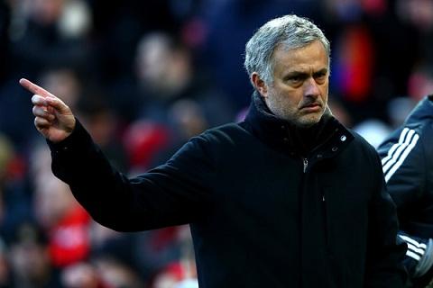 Huyen thoai Man Utd up mo ve nguoi thay the Mourinho hinh anh
