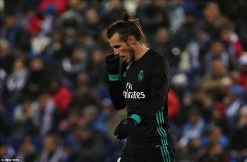Espanyol 1-0 Real Madrid Vang Ronaldo, Los Blancos trang tay tai xu Catalan hinh anh