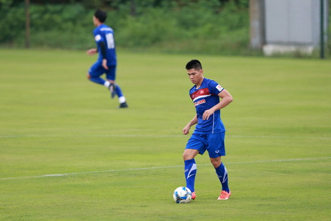 Ngan Van Dai gia nhap Ha Noi FC.