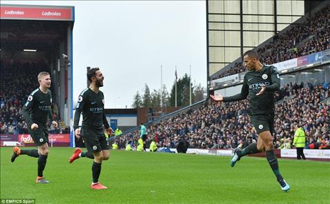 Thong ke khong the bo qua tran Burnley 1-1 Man City hinh anh 2