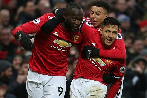 Alexis co ban thang dau tien Mourinho, dung mung voi! hinh anh 2