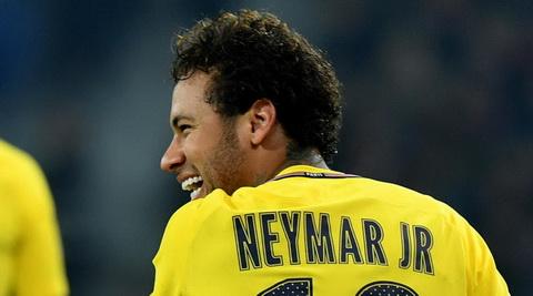Chinh Neymar choi tro meo von chuot voi Barca hinh anh