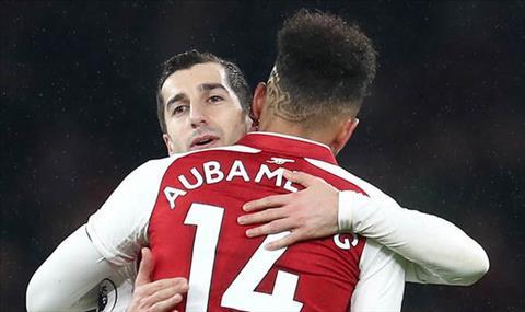 Ramsey khen cap bom tan cua Arsenal sau man huy diet Everton hinh anh